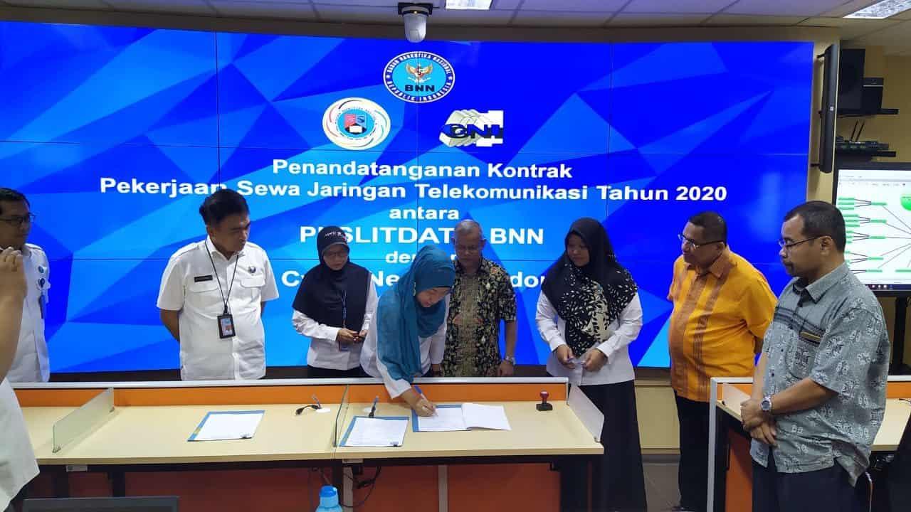 Penandatanganan Kontrak Pekerjaan Sewa Jaringan Telekomunikasi Antara Puslitdatin BNN dengan PT. Cyber Netwrok Indonesia (CNI)